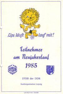 """Urkunden aus der Leipziger Laufbewegung – """"Lips läuft"""" und Friedensmeile zum Tag der NVA- Archiv: Christian Brendecke"""